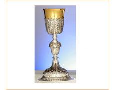 Cáliz de plata con nudo en forma de bellota