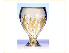 Cáliz de plata con decoración dorada