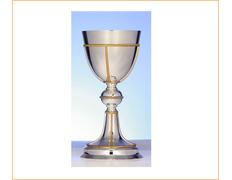 Cáliz de plata liso con decoración de líneas doradas