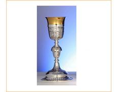 Cáliz de plata con 24 cm. de altura
