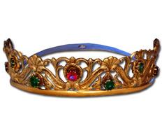 Corona de plata con acabado sobredorado