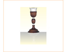 Cáliz de plata y madera con 28 cm. de altura