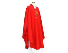 Casulla de poliéster con Alfa y Omega bordado rojo