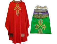 Casulla de lana con Cruz de seda verde