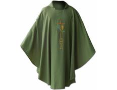 Casulla bordada con cruz, cáliz y espiga verde