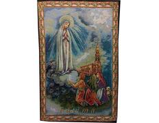 Tapiz de la Virgen de Fátima, los pastores y el Santuario
