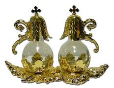 Vinajeras de cristal con tapón y bandeja de metal dorado
