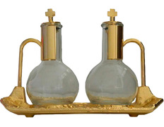 Vinajeras de cristal y metal dorado