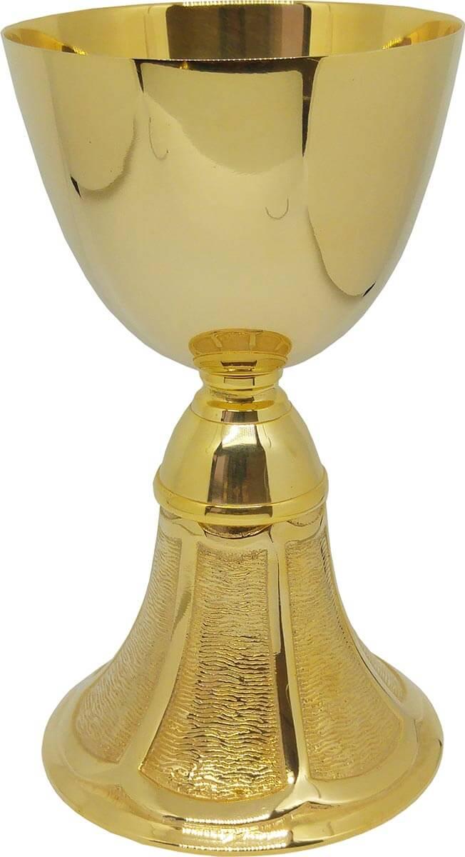 39d68b4c6ff Cáliz y patena de Comunión de metal dorado