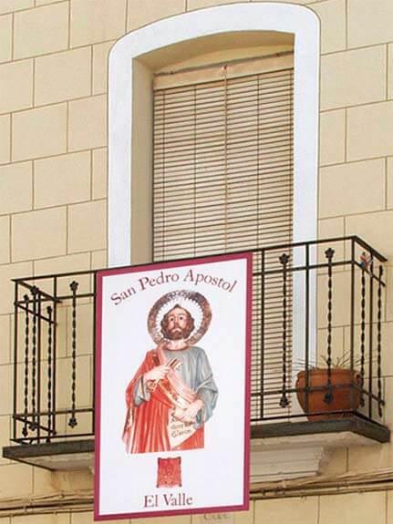 Colgaduras para balcones personalizadas - Colgaduras religiosas