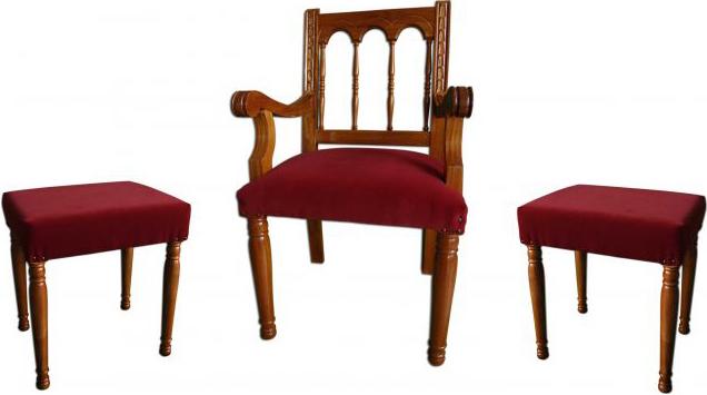 Sede para iglesia con banquetas juego de sede y banquetas for Sillas para iglesia en madera