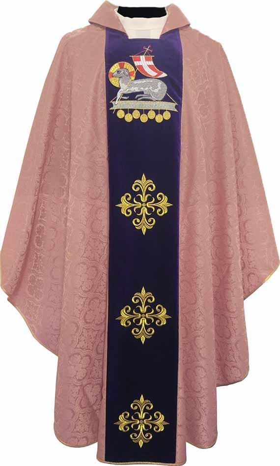 098cbc2c531 Venta de casullas para sacerdotes